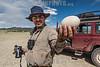 Argentina: Censo de aves acuáticas en humedales de altura en el Proyecto de Conservación de Aves Migratorias Acuáticas en el Monumento Natural Laguna de los Pozuelos , Provincia de Jujuy - Administración de Parques Nacionales y AOP Aves Argentinas / Argentina : Flavio Moschione with a suri egg (Rhea pennata) during the bird census in Jujuy province - Aquatic bird's census of high altitude wetlands in the Conservation of Aquatic Migratory Birds  Project , in Natural Monument Laguna de los Pozuelos , Jujuy Province - National Parks Administration and Aves Argentinas NGO / Argentinien : Wasservogelzählung von Hochgebirgsfeuchtgebieten im Projekt zur Erhaltung der Wasservögel im Naturdenkmal Laguna de los Pozuelos in der Provinz Jujuy - National Parks Administration und Aves Argentinas AOP © Silvina Enrietti/LATINPHOTO.org