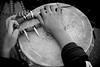 Mexico : Manos de nino sobre un tambor / Boy's hands over a drum / Mexiko : Hände trommeln - Trommel - Musik - Folklore © Arturo Rubio/LATINPHOTO.org