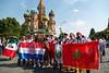 Hinchas peruanos en la Plaza Roja de Moscu