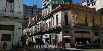 Cuba : Fotografía de calle / Street photography on a trip through Cuba / Kuba : Strassenfotografie © Eliane Eggenschwiler/LATINPHOTO.org