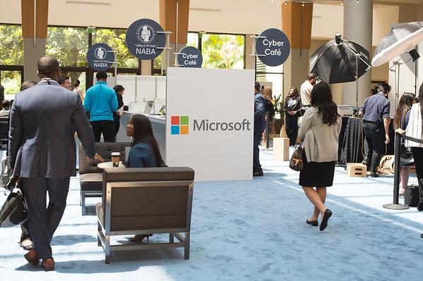 Microsoft Cyber Café- Linked-In Bar - 009