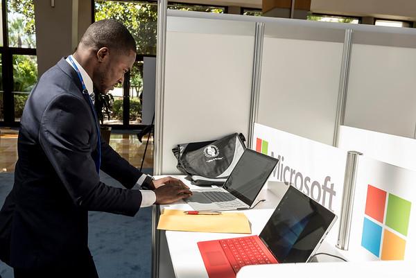 Microsoft Cyber Café- Linked-In Bar - 006