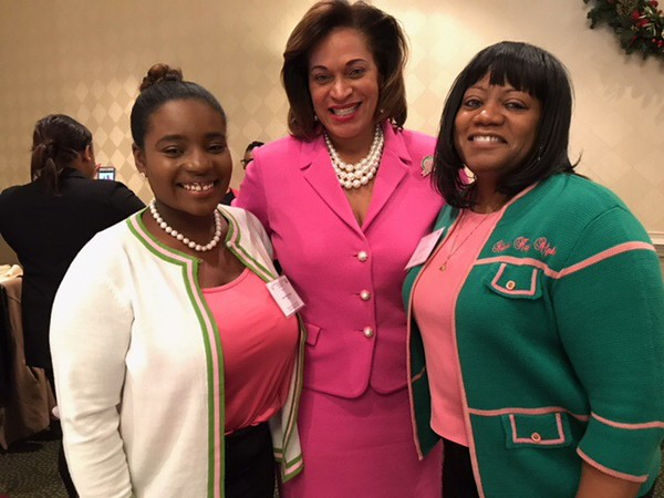 Theta Omega Omega and Mu Delta Chapter Officers with 31st North Atlantic Regional Director, Evelyn Sample-Oates (Center)
