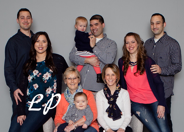 Niggel Family (2) 5X7