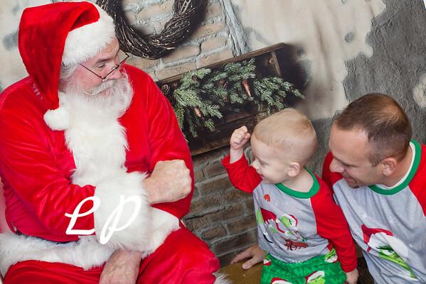 Cardinal Santa Christmas and 9 mo (5 of 23)