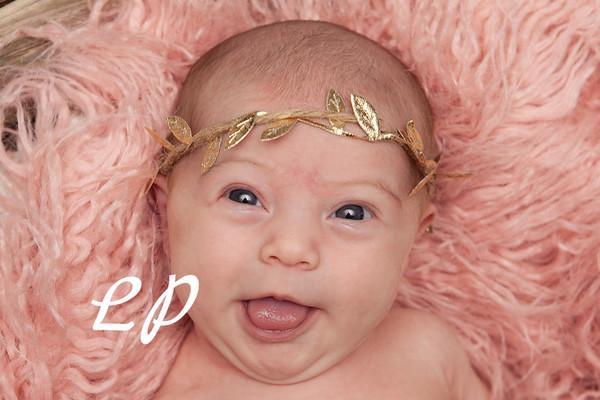 Lola Newborn (1)