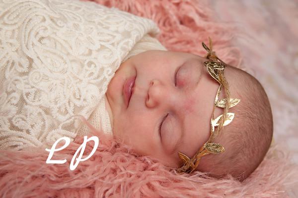 Lola Newborn (6)