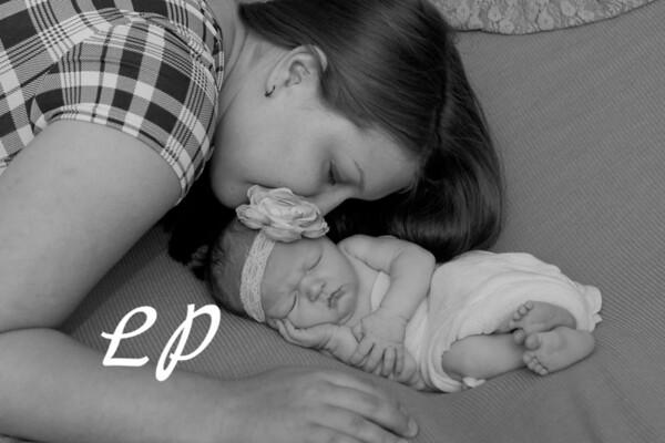 Raina Newborn (3)