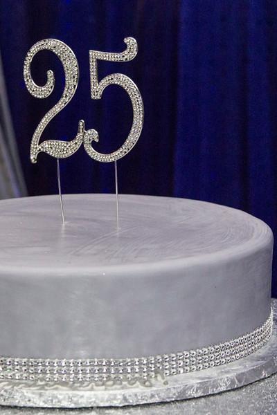 2019 08 Sonali and Raj 25th Wedding Anniv 007