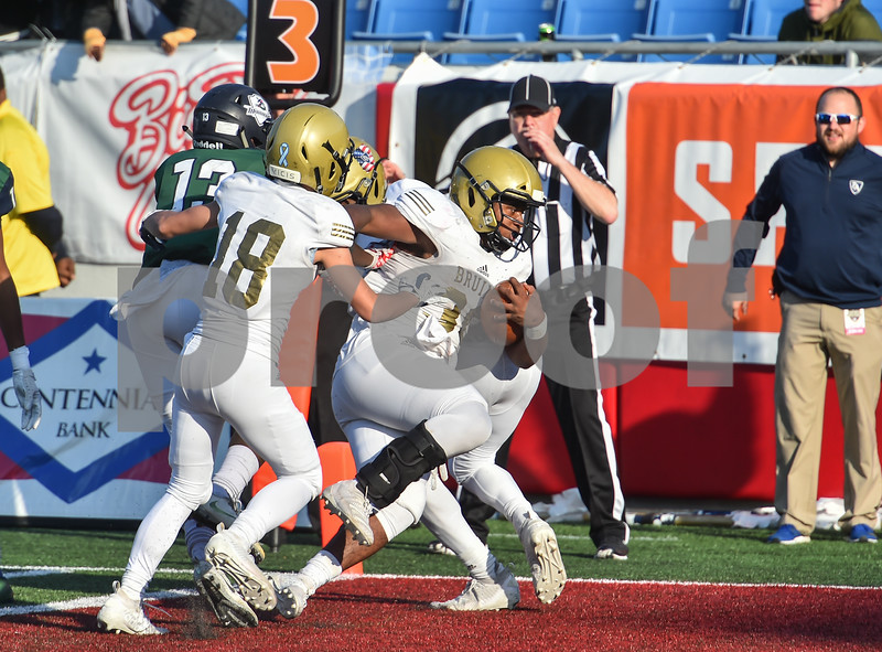 Pulaski Academy vs  Little Rock Christian.  5A state football final.