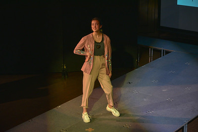 Gr  10 Fashion Show-YIS_3069-20200219