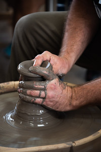 Gr 8 with Euan Craig - Visiting Ceramicist - Sept 2019-YIS_5155-20190912