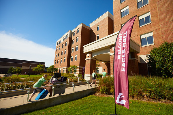 2019 UWL Fall New Student Move in Weekend NSO 0139