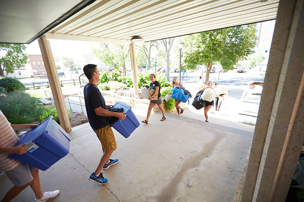 2019 UWL Fall New Student Move in Weekend NSO 0270