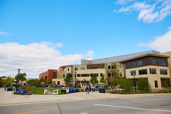 2019 UWL Fall Student Campus Life 0130