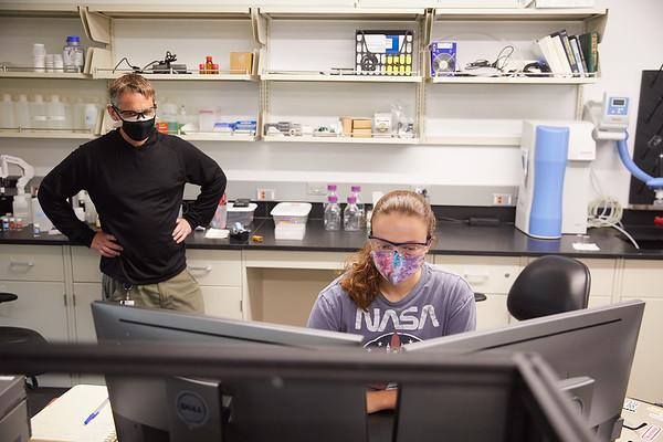 2020 UWL Mask Force Stryker Students 0111