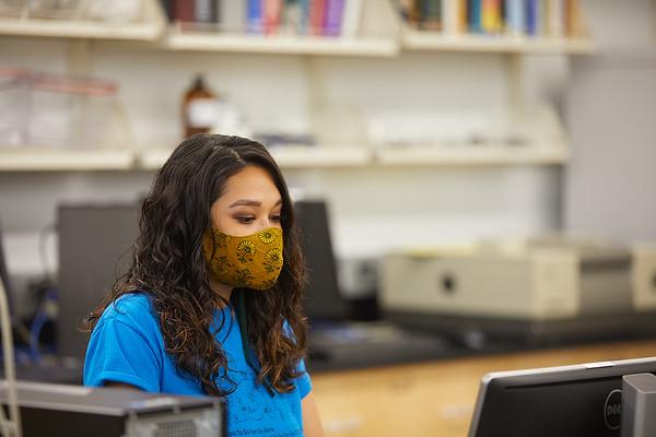 2020 UWL Mask Force Stryker Students 0042