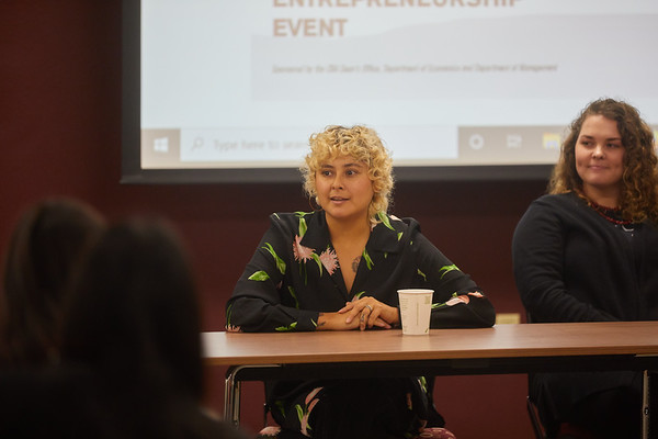 2019 UWL CBA Women Entrepreneurs Panel 0061