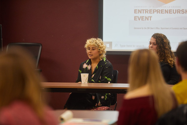 2019 UWL CBA Women Entrepreneurs Panel 0059