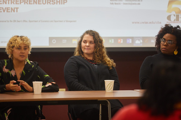 2019 UWL CBA Women Entrepreneurs Panel 0062