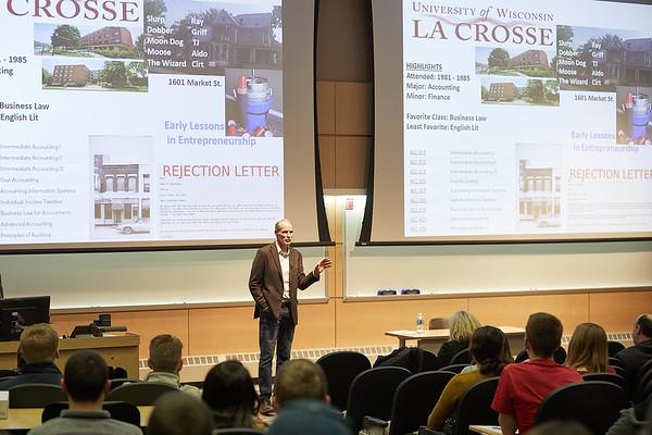 2020 UWL CBA First Friday Lecture Scott Swenson Alumni  0033
