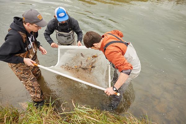 2019 UWL Biology Coon Creek Field Trip Ross Vander Vorste 0091