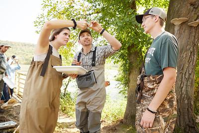 2019 UWL Fall Biology Marsh Research0250
