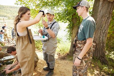 2019 UWL Fall Biology Marsh Research0242