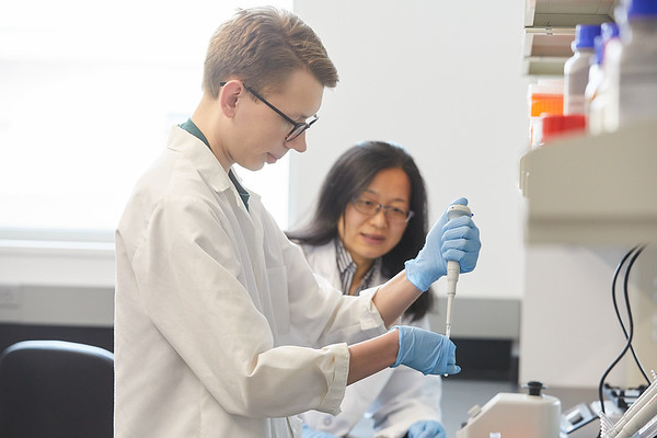 2020 UWL Eagle Apprentice  Sumei Liu Matthew Wright Biology Lab 0110