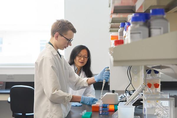 2020 UWL Eagle Apprentice  Sumei Liu Matthew Wright Biology Lab 0131