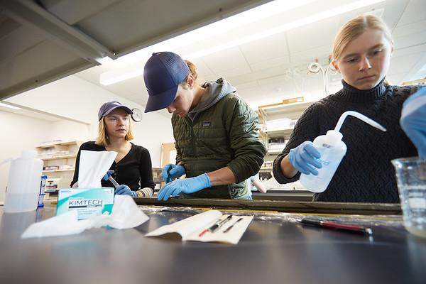 2020 UWL Geography Joan Bunbury Lab Core Samples Mud Lake 0062