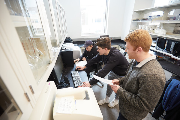 2020 UWL Geography Joan Bunbury Lab Core Samples Mud Lake 0008