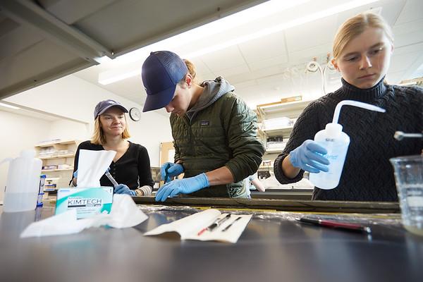 2020 UWL Geography Joan Bunbury Lab Core Samples Mud Lake 0065