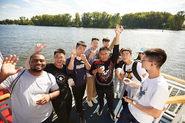 2019 UWL IEE Student La Crosse Queen Riverboat Tour 0055