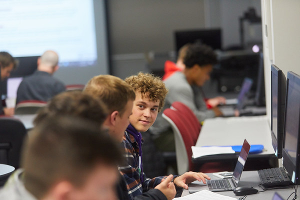 2019 UWL Murphy Library Students Classroom 0019