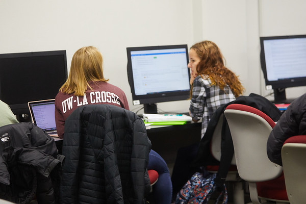 2019 UWL Murphy Library Students Classroom 0092