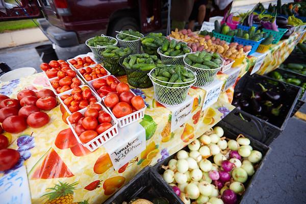 2019 UWL Farmers Market Vegetables 0038