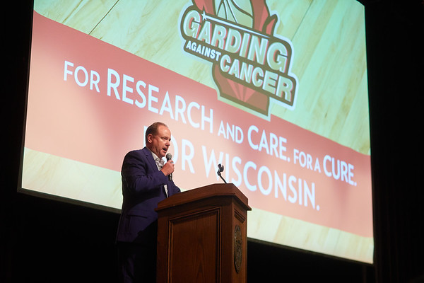 2019 UWL Greg Gard Garding Against Cancer Fundraiser 0283