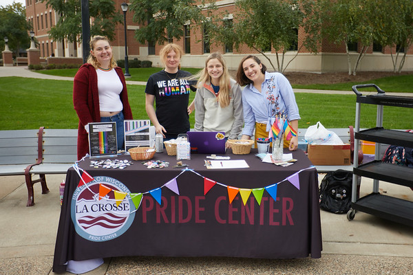 2019 UWL National Coming Out Day Pride Center 0018