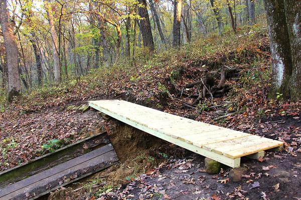 2019 UWL ROTC Students Bridge Build Hixon Forest 0014