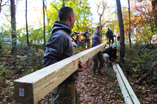 2019 UWL ROTC Students Bridge Build Hixon Forest 0002