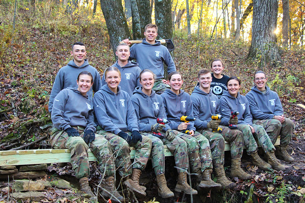 2019 UWL ROTC Students Bridge Build Hixon Forest 0013