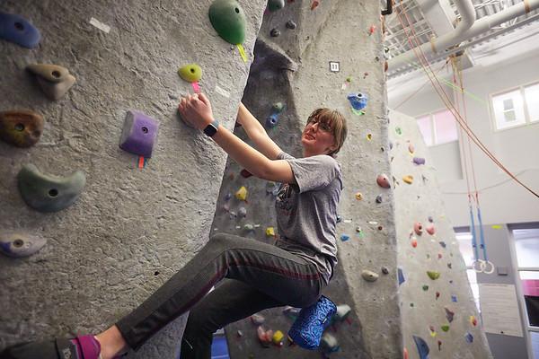 2020 UWL REC Women on the Wall Climbing Gym 0206