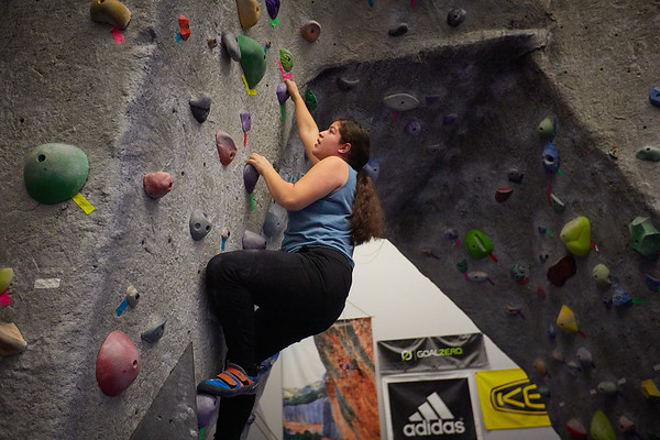 2020 UWL REC Women on the Wall Climbing Gym 0211