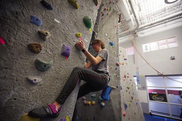 2020 UWL REC Women on the Wall Climbing Gym 0205