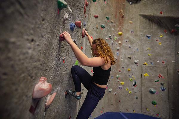 2020 UWL REC Women on the Wall Climbing Gym 0204