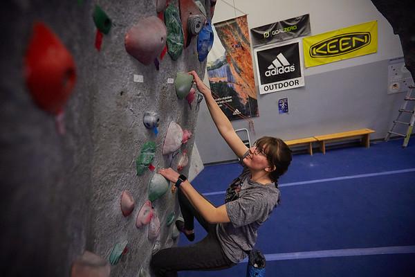 2020 UWL REC Women on the Wall Climbing Gym 0213