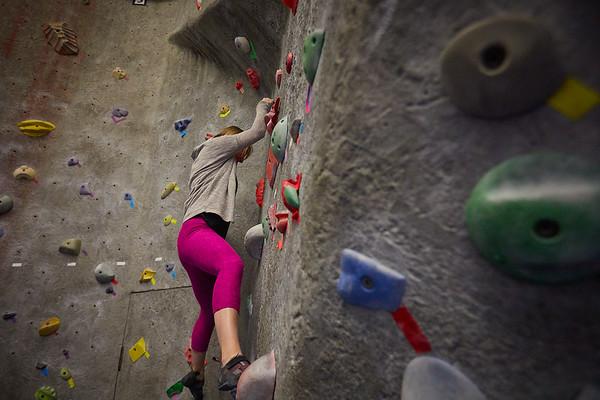 2020 UWL REC Women on the Wall Climbing Gym 0203