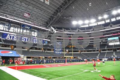 Texas A&M vs  Arkansas Razorbacks. Game played at the AT&T Stadium