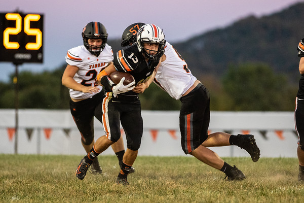2019_10_4_West_vs_Waverly-19